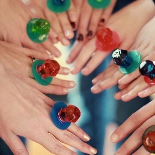 Kẹo nhẫn kim cương RingPop Thái Lan